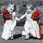 Schmidt-Spiele-59999-06 121 Teile Puzzle in Blechdose - Molly und Macy: Kleines Mädchen