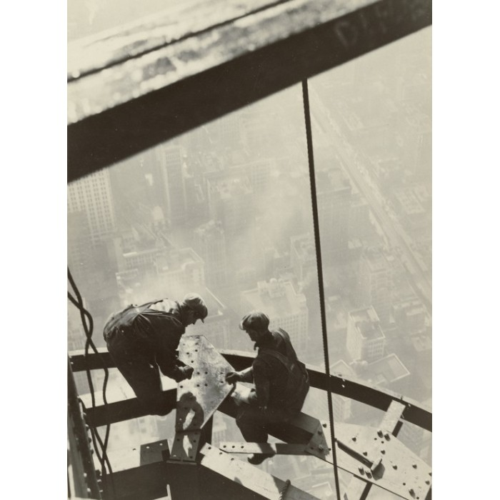 grafika-lewis-w-hine-empire-state-building-new-york-1931