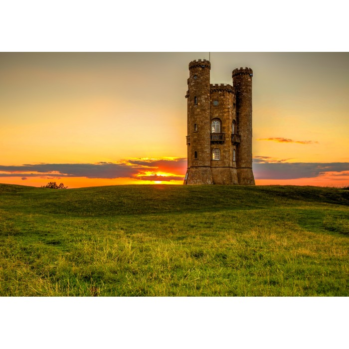 grafika-broadway-tower-in-the-cotswolds